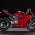 Ducati-1299-Panigale-2015-Image-10