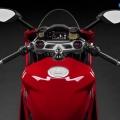 Ducati-1299-Panigale-2015-Image-12
