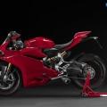 Ducati-1299-Panigale-2015-Image-18