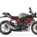 TriumphStreetTriple-R-2013Model-013
