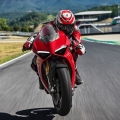 2018-Ducati-Panigale-V4-9