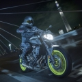 2018-Yamaha-MT-07-EU-Night-Fluo-Action-009