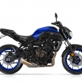 2018-Yamaha-MT-07-EU-Yamaha-Blue-Studio-002