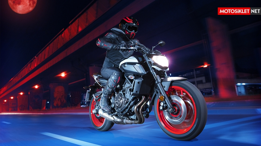 2019-Yamaha-MT07.Colors-05