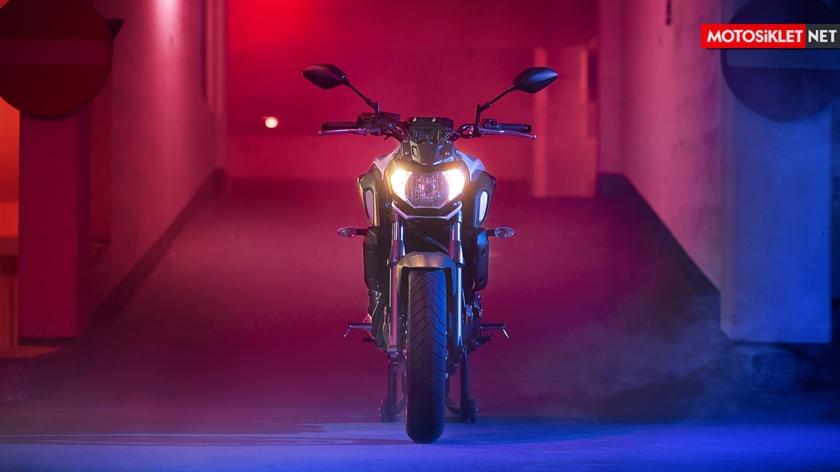 2019-Yamaha-MT07.Colors-14