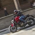 Ducati-Monster-821-012