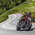 Ducati-Monster-821-058