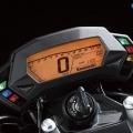 Kawasaki-Z250SL-Naked-2014-021