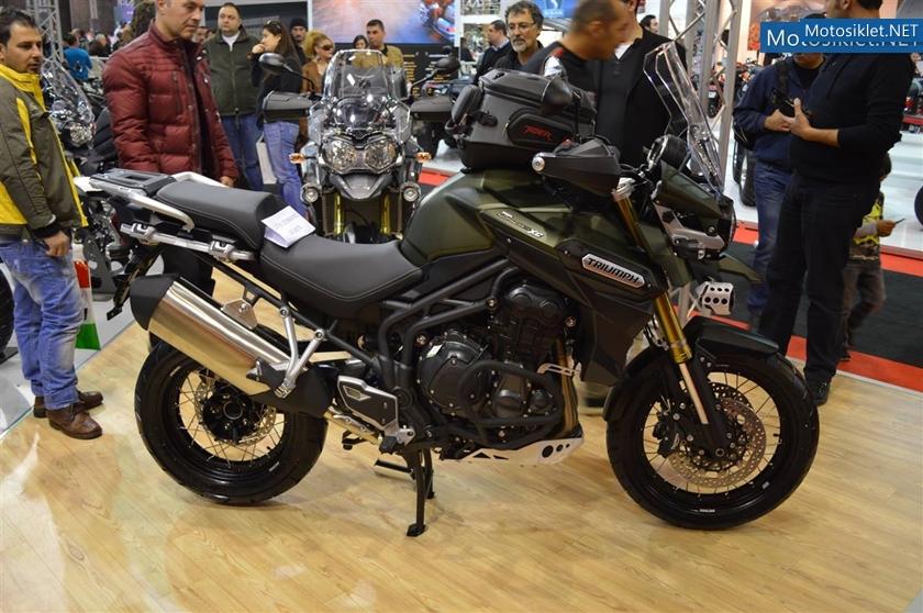 TriumphStandi-Motosiklet-Fuari-2014-001