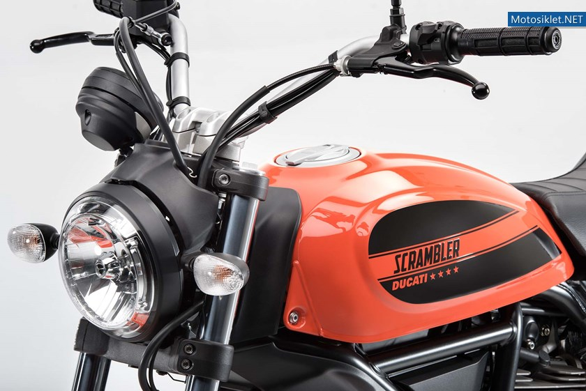 2016-Ducati-Scrambler-Sixty2-11