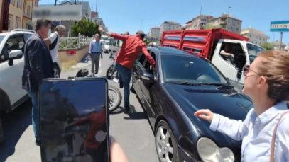 Motosiklet Kazası Sonrası Tartışma!  Kim ne kadar hatalı?